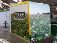 qv-foods-stand-wrap-3