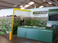 qv-foods-stand-wrap